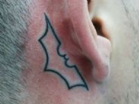 Batman-simbolo-murcielago-bat-dark-knight-tattoo-tatuaje-amor-de-madre-zamora