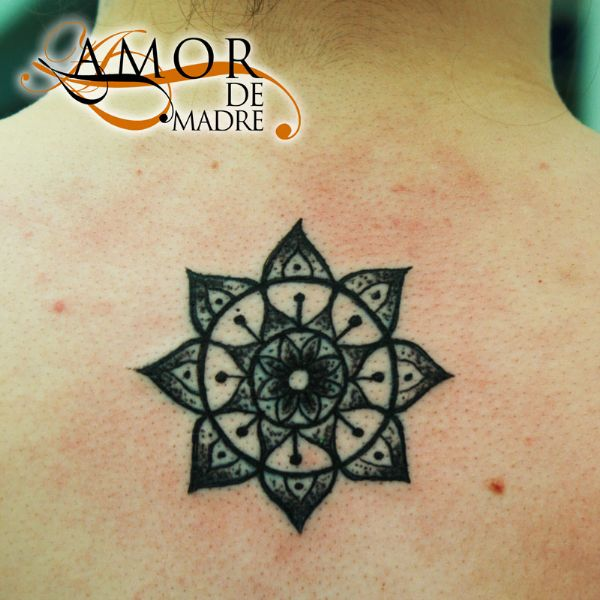Mándala-hindi-mehndi-tattoo-tatuaje-amor-de-madre-zamora
