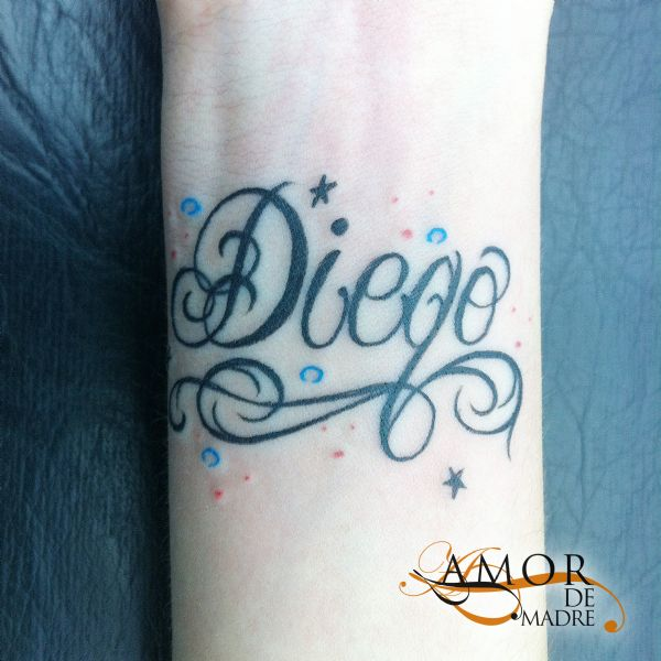 Diego-nombre-name-decorado-freehand-tattoo-tatuaje-amor-de-madre-zamora
