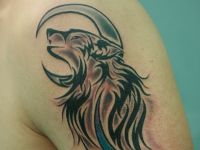 animales-animals-tattoo-tauaje-lobo-wolf-tribal-luna-moon-aullando